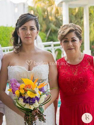 Maquillaje novia y mamá