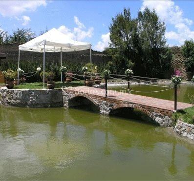 Pasarela sobre el lago de Banquetes  Tejalpa