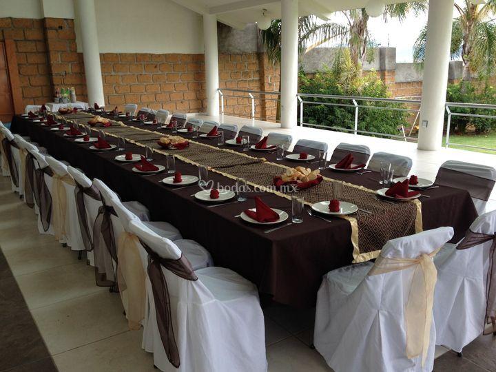 Mesa imperial 31 personas