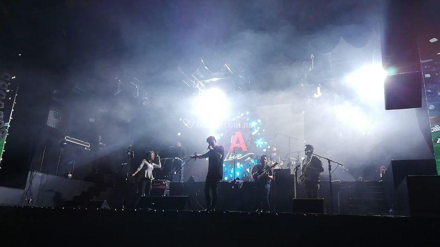 Aki Band