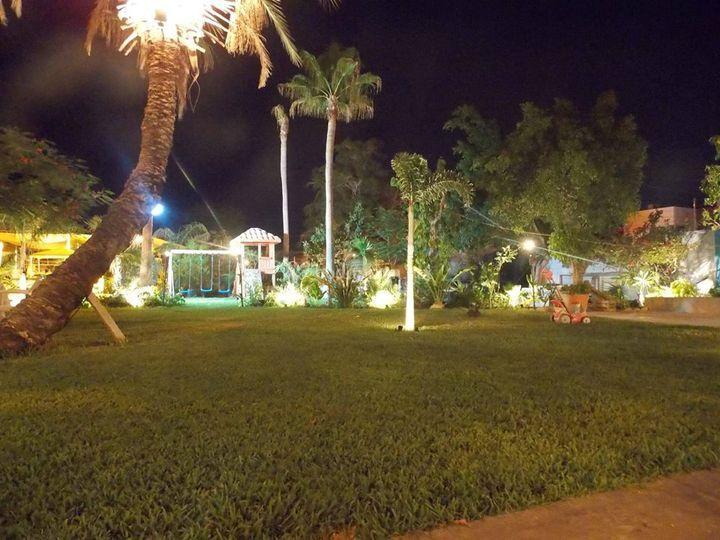 Jardín iluminado