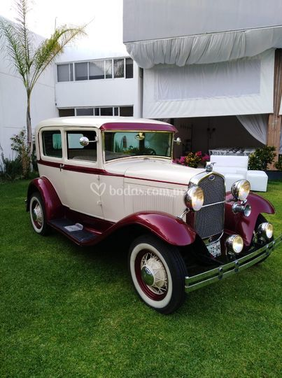 Ford 1928 2 puertas