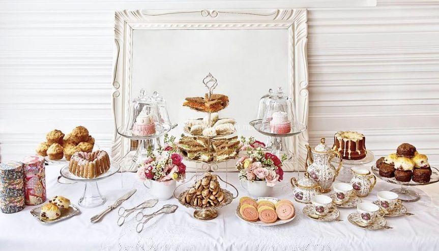 Mesa de postres y té