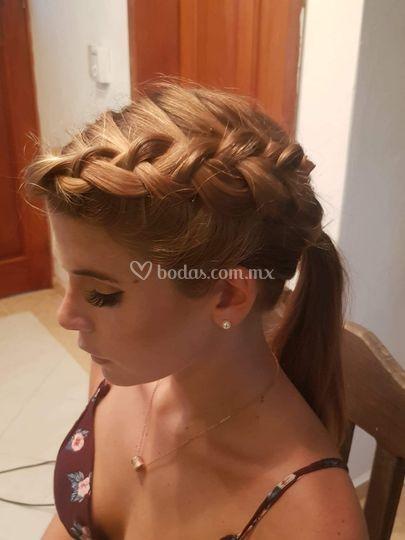 Trenza con ponytail