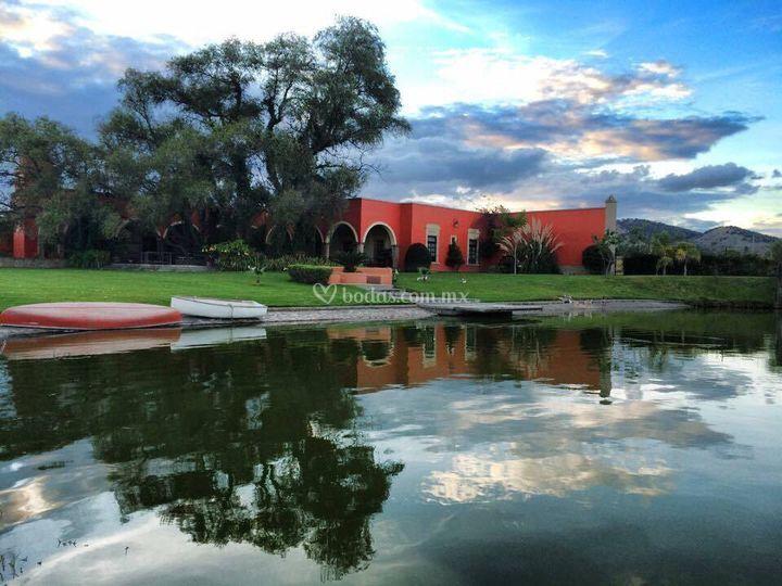 Lago de la hacienda