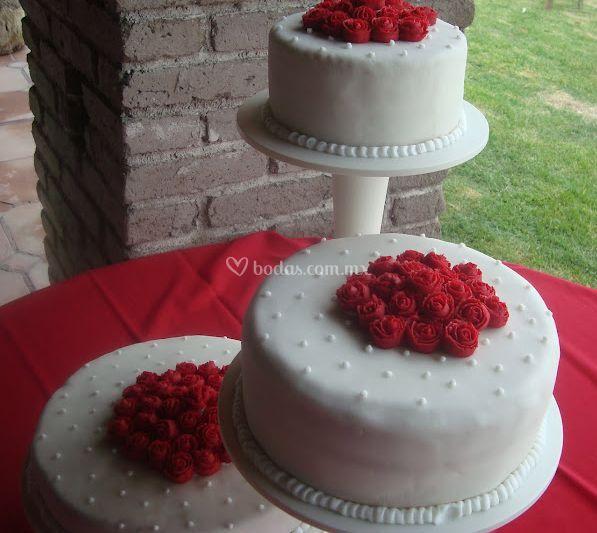 Hermosos pasteles de boda