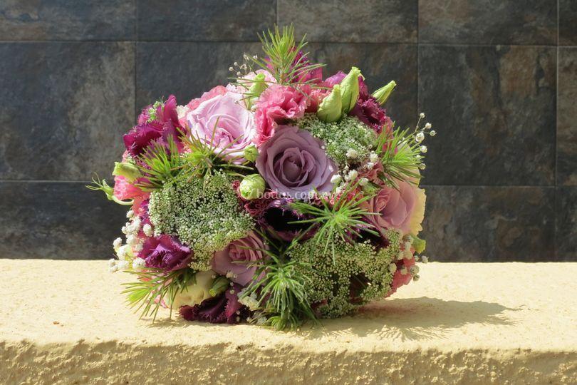Ramo tulipan y lisianthus