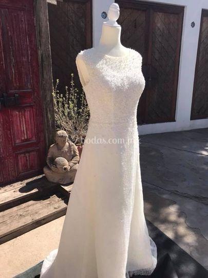 Hermoso vestido clasico