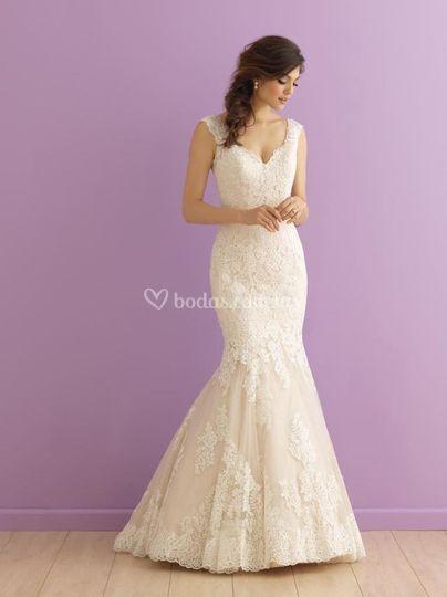 Hermoso vestido Allure