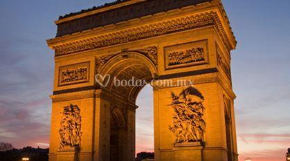 Arco del Triunfo en tu luna de miel