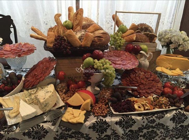 Mesa de quesos y madurados