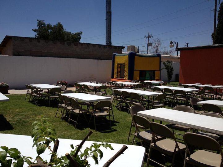 Jard n terraza for Mobiliario terraza jardin