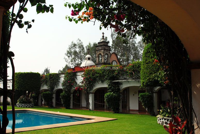 Villa santa cecilia for Jardin villa xavier jiutepec