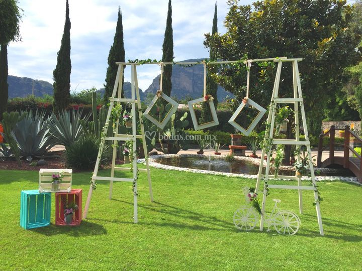 Faroles para jardin farol jardn papillon con columna for Faroles para jardin exterior