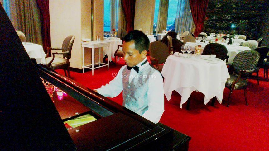 Actuación en un hotel de lujo
