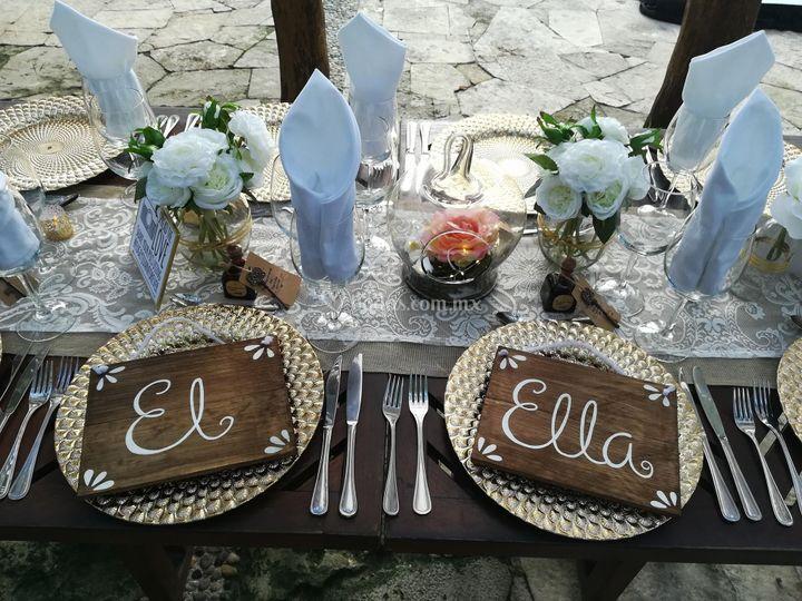 Centros de mesa, letreros