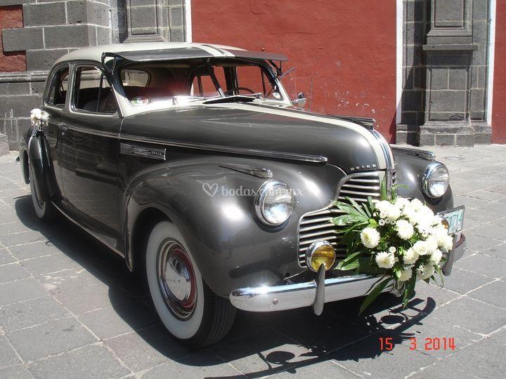 Buick 1940 super sedan