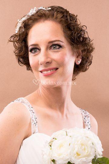 Maquillaje novia smokey eyes