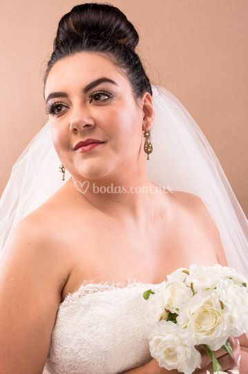 Maquillaje novia tradicional