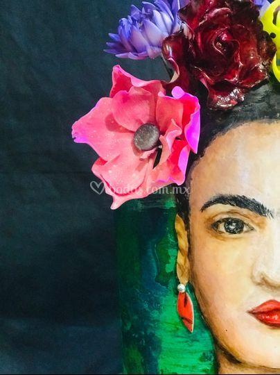 Frida pintada a mano