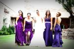 Novias y damas felices