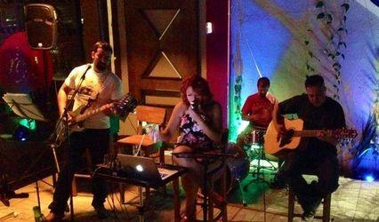 Coco & Maverick Band 1