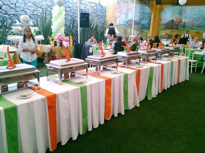 Casa conde banquetes for Casa jardin buffet