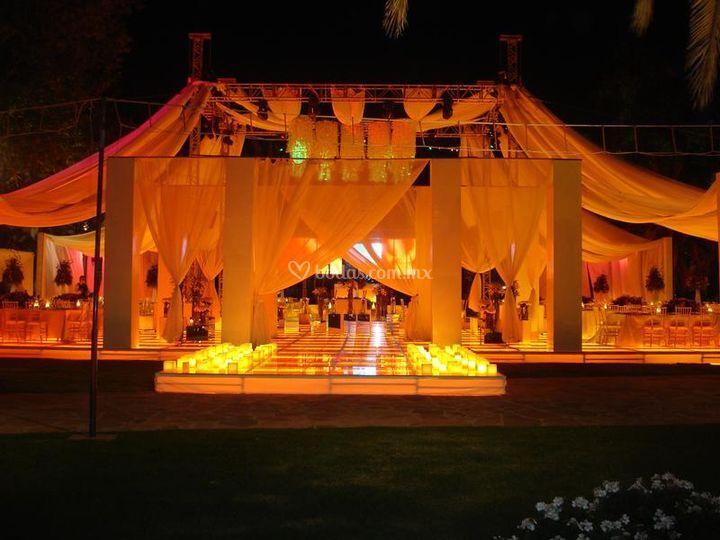 Decoraci n con telas de jard n de fiestas aztl n fotos for Imagenes de jardines para fiestas