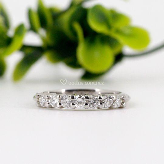 Churumbela con diamantes