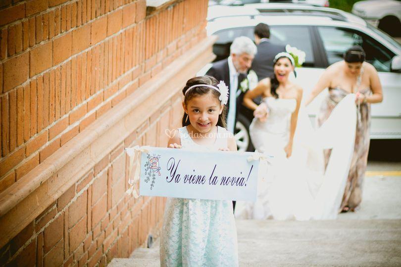 Ahí viene la novia