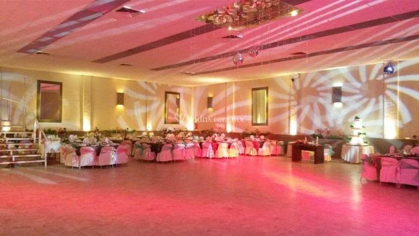 Montaje y espacio para el baile