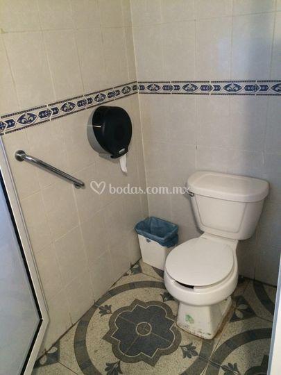 Baño discapacitados hombres