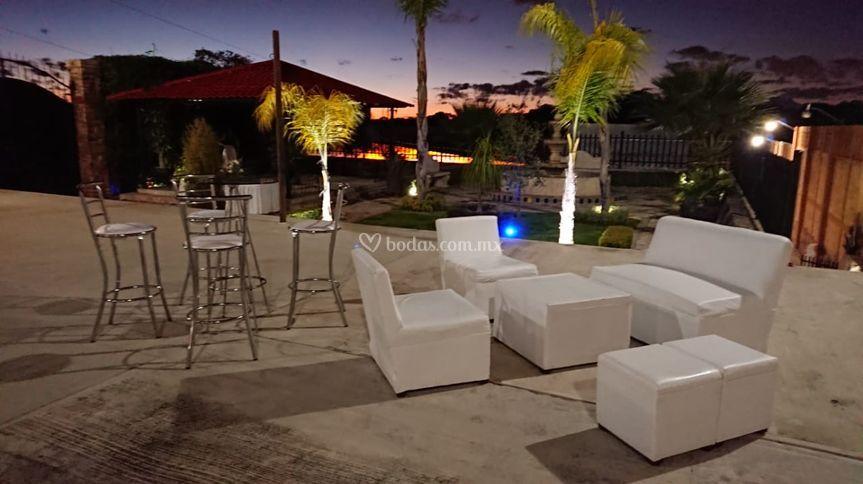 Periqueras y salas lounge