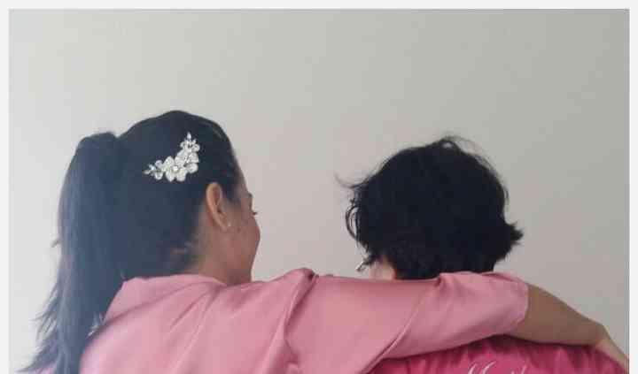 Bata de novia y mamá