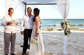 Cancun Wedding Officiant