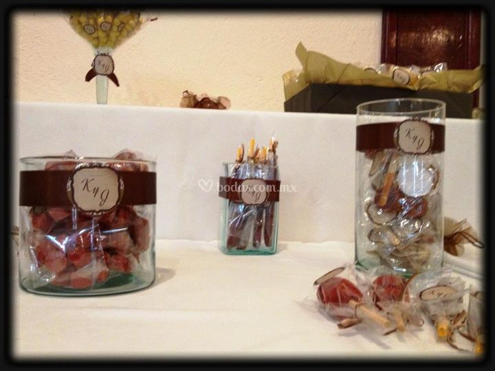 Mes de dulces personalizada