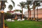 Sala lounge sobre jard�n de Villa Campestre