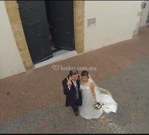 Saliendo de la boda