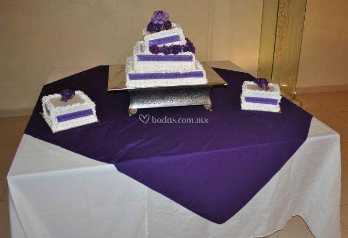Mesa de pastel