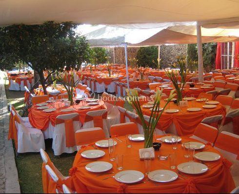 Quinta alejandra for Decoracion naranja