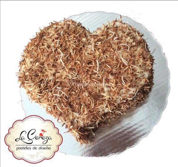 Corazón de betún con coco