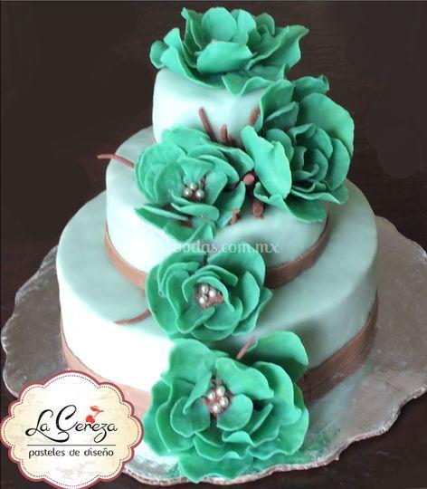 Pastel flores de fondant