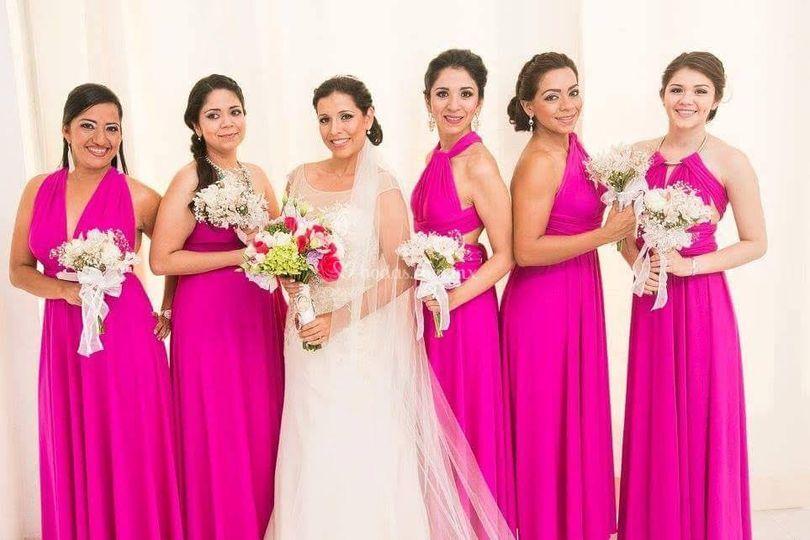 Colores De Vestidos Convertibles Modela Bella Fotos