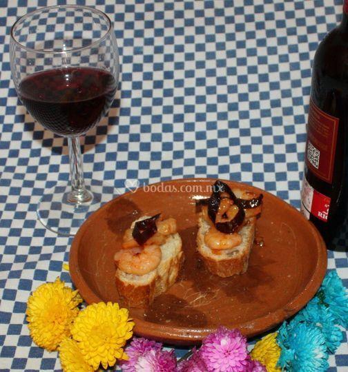 Tapas de camarón con guajillo