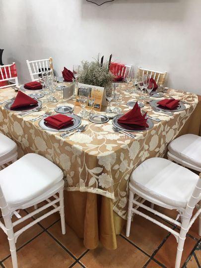 Montaje dorado con rojo de jard n quinta real foto 84 for Jardin quinta real morelos