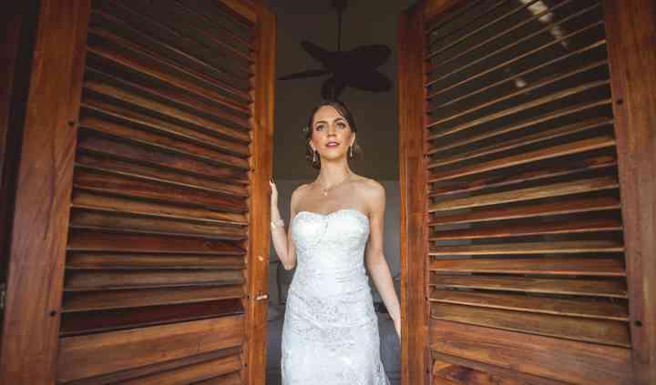 La novia entrando la ceremonia