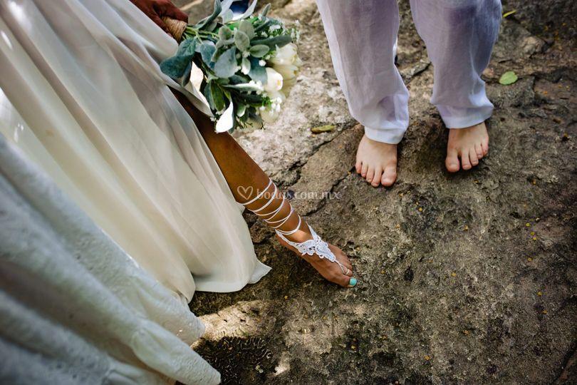 Cenote buho trash the dress