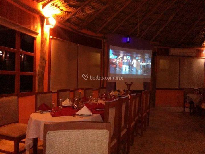 Chaka's Bar Restaurant & Grill