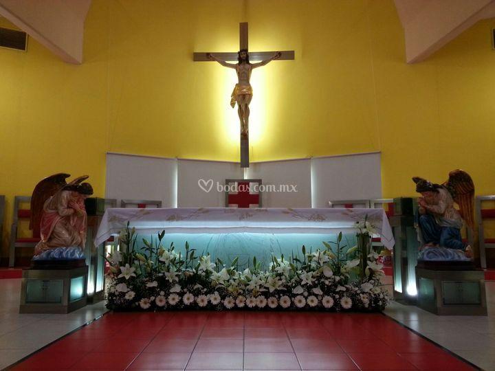 Arreglo del altar