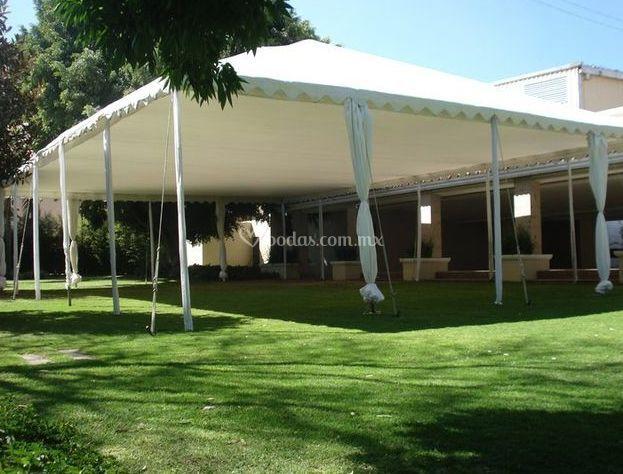 Naila banquetes for Estructura de toldo